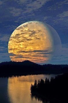 Huge Regal Magic Moon rising above dusky river and forests x This is sooo beautiful! I love the reflection of the sky landscape in the image of the moon. Beautiful Moon, Beautiful World, Beautiful Places, Gorgeous Girl, Beautiful Scenery, Stunning View, Simply Beautiful, Absolutely Gorgeous, All Nature