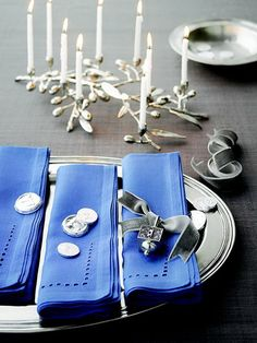 elegant hanukkah decor ideas 70 Traditional And Elegant Hanukkah Decor ...
