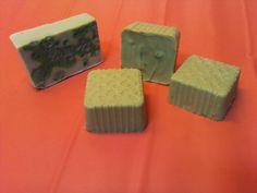 Jabón de albaricoque       Para pieles sensibles, fatigadas, cansadas. Apto para cualquier tipo de piel. Perfecto para el cutis, cuello, ...