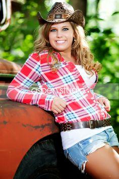de24f3c6dfe country girl rusty truck minus the hat great senior pic idea