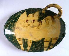 Handmade ceramic 'tableware art' work by Yasuharu Tajima-Simpson, better known to many as Taja
