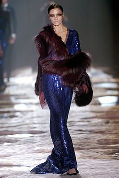 Ahh the last collection Tom Ford did for Gucci. Another look I've always been in love with.