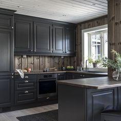 Cabin Interior Design, Rustic Bedroom Design, Cottage Design, Kitchen Interior, New Kitchen, Kitchen Dining, Kitchen Cabinets, Cabin Interiors, Space Interiors