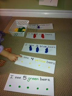 for Pre-K and K = math idea for brown bear, brown bear. ma a booklet and add to math box Numbers Preschool, Kindergarten Classroom, Teaching Math, Kindergarten Counting, Teaching Colors, Pre K Activities, Classroom Activities, Preschool Activities, Color Word Activities