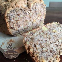 Glutenvrij walnotenbrood Low Carb Breakfast, Fodmap, Bread Recipes, Banana Bread, Muffin, Good Food, Vegan, Baking, Desserts