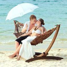 Honeymoon Planing Tips & Best Honeymoon Destinations Description. Belize Honeymoon, Honeymoon Vacations, Best Honeymoon Destinations, Honeymoon Places, Honeymoon Ideas, European Honeymoons, Couples Resorts, Exotic Beaches, Romantic Beach