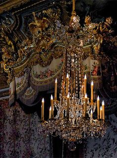 Chandelier and detail from the official bedroom of the Queen, Versailles CAN anybody please ask Marie Antoinette where she got the great electric candle lights in her chandelier - as seen here. Rococo, Baroque, Chateau Versailles, Palace Of Versailles, Marie Antoinette, Luis Xvi, Chandelier Lighting, Chandeliers, Versailles