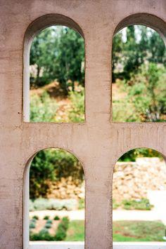 View from the Outer Peristyle to the Herb Garden. Getty Villa, Los Angeles. Voigtlander Bessa R3A, 40mm f/1.4 on Kodak Ektar 100. 1/250 @ f/5.6. #visibleinlight #LAnalog