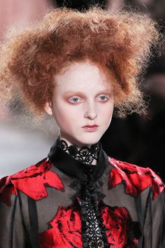 Really into this beauty look from Alexander McQueen