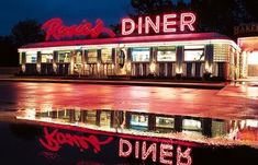 The Diner; An American Tradition Vintage Diner, Retro Diner, Vintage Signs, Cafeteria Retro, Great Places, Places To Go, Diner Aesthetic, Pompe A Essence, American Dinner