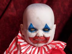 clown krypt kiddie... I have come to love the Krypt Kiddies, but this one should not have been made, in my opinion. It's modeled after serial killer John Wayne Gacy...and that's just not ok.