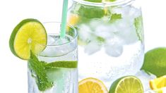 Whether you're trying to cut back on sugary drinks or want to improve healthy hydration, this essential oil detox water recipe will be a delicious drink! How To Get Rid Of Acne, Voss Bottle, Water Bottle, Losing 10 Pounds, Lose 10 Pounds In A Week, Doterra Lemon Oil, Pint Glass, Glass Of Milk, Stay Hydrated