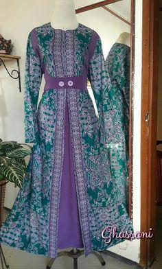 Hijab Dress Party, Hijab Style Dress, Boho Dress, Muslim Fashion, Hijab Fashion, Fashion Dresses, Batik Dress, Saree Dress, Dress Batik Kombinasi