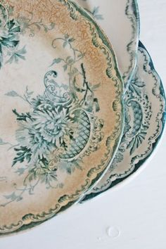 Shabby Chic look at that beautiful crazing i love it!