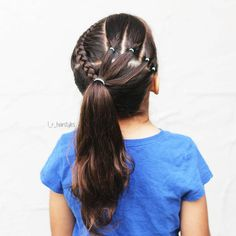 """158 curtidas, 11 comentários - Little Girl Hairstyle Ideas (@l_r_hairstyles) no Instagram: """"Dutch braid on one side & elastics on the other into a ponytail ♡♡ style inspired by @braidnath . .…"""""""