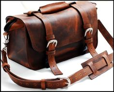 Custom Doctor Bag or Leather Bag for men  Professional bag in Full Grain - Mustang - The Goliath