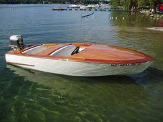 Outboard Wooden Boat Classic Speedboat Glen-L Marine