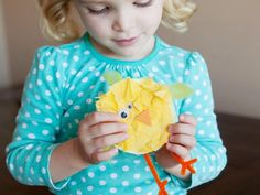 Tissue Paper Baby Chicks from Kiwi Crate