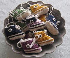 Crochet mini Converse kicks.