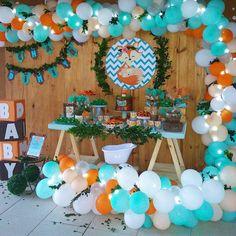 New Baby Shower Woodland Cake Birthday Parties 45 Ideas Baby Shower Cakes, Baby Shower Balloons, Baby Boy Shower, Fox Party, Baby Boy 1st Birthday Party, Birthday Cake, Its A Boy Balloons, Woodland Party, Woodland Cake