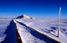 Czech Republic - Ski lift to Sněžka Visit Prague, Ski Lift, Natural Wonders, Great Photos, Czech Republic, Mount Everest, Paths, Photo Art, Skiing