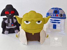 Star Wars em feltro.  Darth Vader, Mestre Yoda e R2D2.  www.facebook.com/JoMatarazzoAtelie