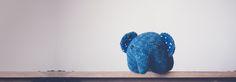 Haak dit onwijs schattige olifantje nu zelf! Je kunt ze in veel kleuren maken, naai een klein stukje stof in de oren als extra mooie afwerking. Dit olifantje is een patroon van de Japanse Chisachi …