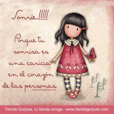 Sonríe!!! ☺️☺️  Porque tu sonrisa es una caricia en el corazón de las personas   @tienda #gorjuss #santorolondon #frasedeldia #felizjueves #sonrie