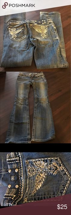 Miss Me Jeans Size 28x33.5, boot cut, Barley worn and are in great condition! Miss Me Jeans Boot Cut