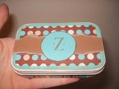 DIY Crafts | Upcycle an Altoid tin into a gift card holder