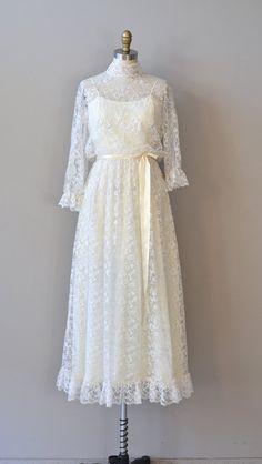 lace wedding dress / 1970s dress / Somewhere in Time by DearGolden