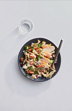 This French-country-meets-retro classic gets a weeknight twist with quick-cooking chicken cutlets and egg noodles. Keep the sear on the chicken to a light golden color so it won't darken the delicate white wine sauce. Chicken Fricassee, Cooking Light Recipes, Cooking Corn, Easy Cooking, Buttered Noodles, Healthy Chicken Dinner, Brown Butter, How To Cook Chicken, Food To Make