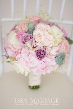 buchet mireasa valcea Spring Wedding Bouquets, Bride Bouquets, Bridal Wedding Dresses, Flower Bouquet Wedding, Wedding Themes, Wedding Decorations, Pink And Gold Wedding, Wedding Details, Marie