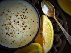 Boerekos met 'n Twist: Lae Vet Yoghurt slaaisous / doopsous Melktert, Salad In A Jar, Bottles And Jars, Preserving Food, Salad Recipes, Nom Nom, Low Carb, Cooking Recipes, Ethnic Recipes