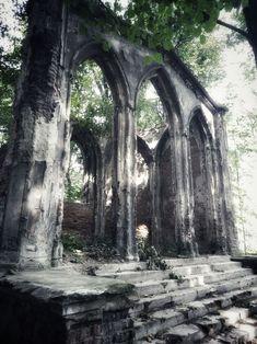 Abandoned chapel, Sławików, Poland Brooklyn Bridge, Sri Lanka, Travel Photos, Poland, Abandoned, Fotografia, Left Out, Travel Pictures, Ruin