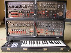 1978 PAIA P4700 J 4700 Vintage Synthesizer with Keyboard. I built a similar system back in the 70's. Sold it in the 80's though. Almost wish I still had it. Then again...