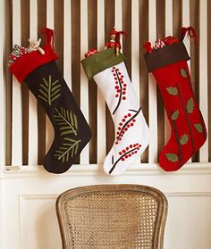 Felt Christmas Stockings @Mary Sapio's Day:   When it comes to Christmas stockings, it's time to be out with the old and in with the new! Instead of using heavy stockings with an even heavier price tag, opt for these DIY felt creations decked in nature-inspired themes. (Pattern & Instructions)