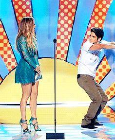 tyler posey & jennifer lopez.... so many gifs of dancing love!!!!