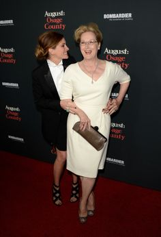 """Meryl Streep And Julia Roberts Are Besties On The """"August: Osage County"""" Red Carpet"""