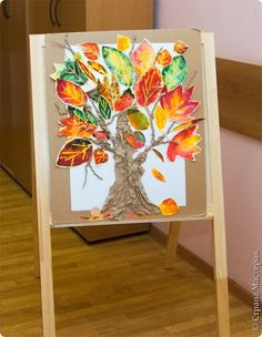 Art tree with leaves. Autumn Crafts, Fall Crafts For Kids, Autumn Art, Kids Art Class, Art For Kids, Fall Art Projects, 3rd Grade Art, Leaf Crafts, Classroom Crafts