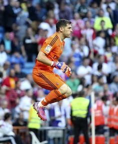 #LL @LUFELIVE #thepursuitofprogression Iker Casillas - Real Madrid
