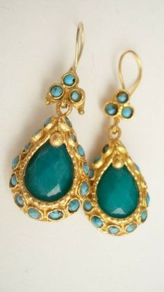 ANTIQUE JADE EARRING BY ANTIQUE STYLE COLLECTION by beadycats