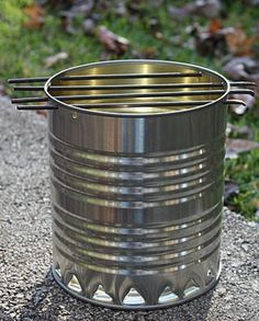 Survival Stove, Homestead Survival, Camping Survival, Outdoor Survival, Camping Meals, Survival Prepping, Survival Skills, Diy Camping, Camping Hacks