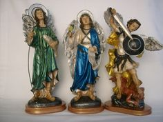 Arcanjos Rafael, Gabriel, Miguel, pintura metalizada e envelhecida