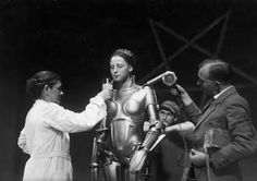 Brigitte Helm on the set of Metropolis directed by Fritz Lang (1927)