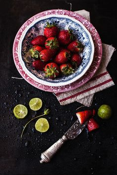 ♂ food styling photography - strawberry and lemon