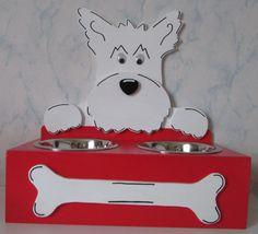 Ciotola del cane in legno stand