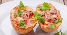 Recette de Pommes de terre gratinées au four à la sauce tomate et mozzarella. Facile et rapide à réaliser, goûteuse et diététique.
