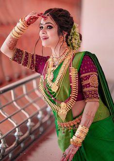 Kerala Hindu Bride, Kerala Wedding Saree, South Indian Wedding Saree, Indian Bridal Sarees, Indian Wedding Wear, Indian Wedding Hairstyles, Indian Bridal Outfits, Indian Bridal Fashion, Bridal Hairstyles