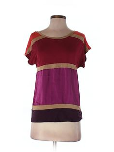 Check it out—Express Short Sleeve Top for $10.99 at thredUP!